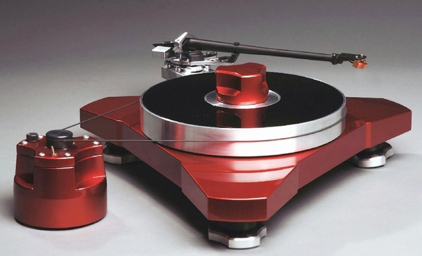 VYGER Baltic M Turntable - SME M2-12 Tonearm
